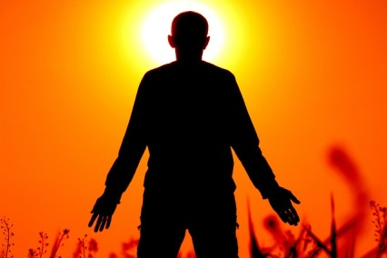 01-silhouette-1304143_640